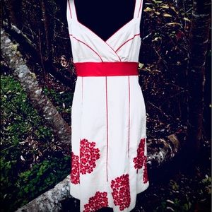 Anthropologie Floreat Red Embroidered Dress:SIZE 8